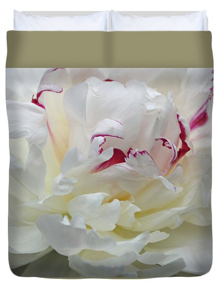 Duvet Cover featuring the photograph A Touch Of Color by Sandy Keeton