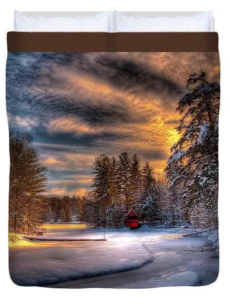 A Winter Sunset Duvet Cover by David Patterson