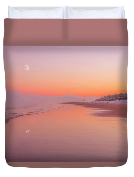 A Winters Morning Duvet Cover by Roy McPeak