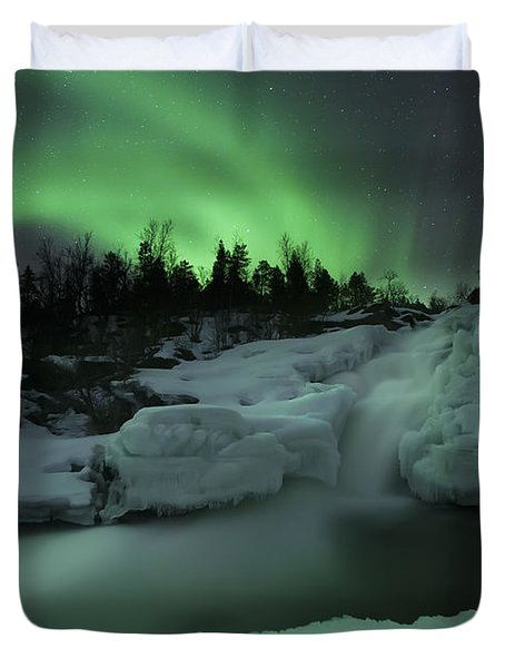 A Wintery Waterfall And Aurora Borealis Duvet Cover