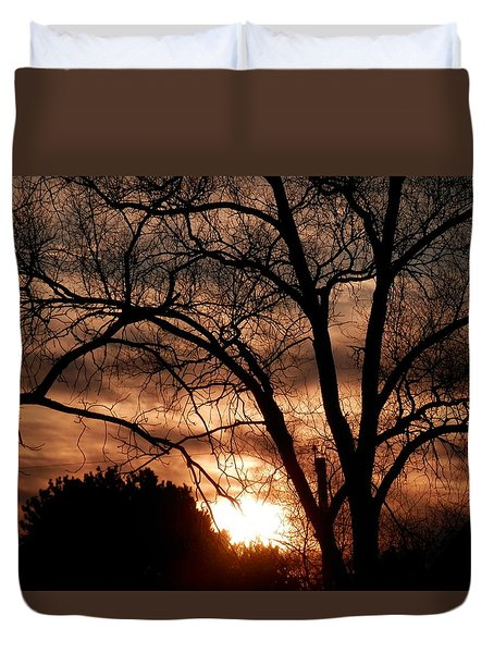 A Wisconsin Sunset Duvet Cover by William Presley