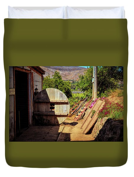 Aba Pisco Distillery - Chile Duvet Cover