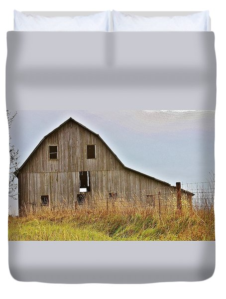 Duvet Cover featuring the photograph Abandon Barn On The Hill by Bruce Bley