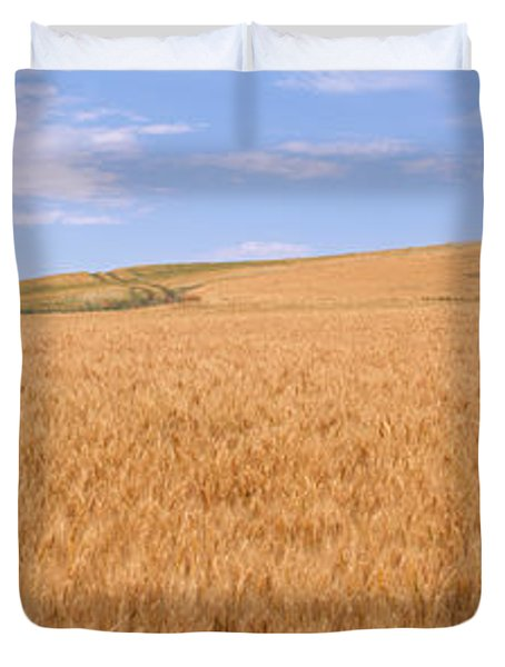 Abandoned Barn Nr Moscow Id Usa Duvet Cover by Panoramic Images