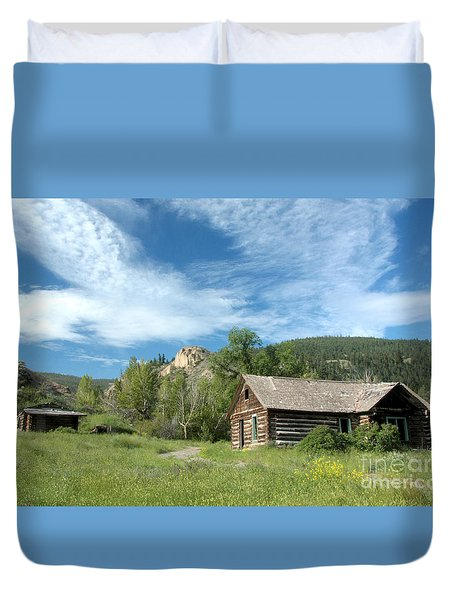 Abandoned Cabin Duvet Cover