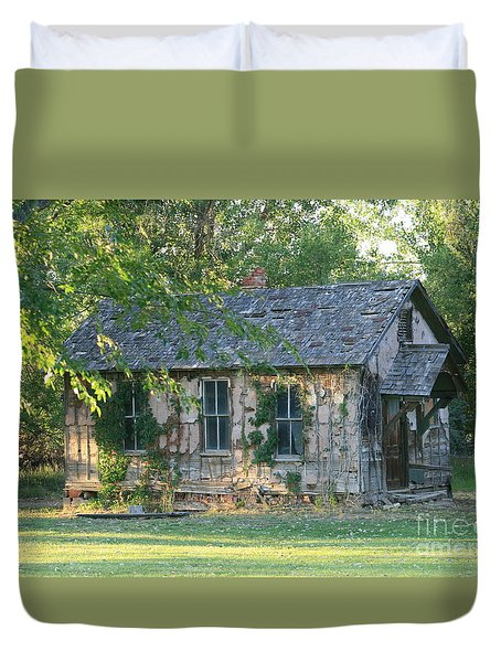Abandoned Cottage Duvet Cover