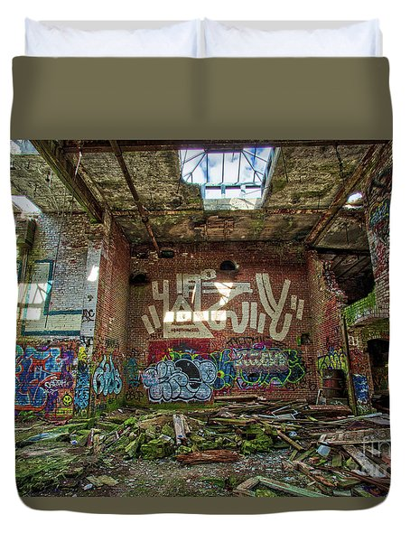 Duvet Cover featuring the photograph Abandoned Factory Newport New Hampshire by Edward Fielding