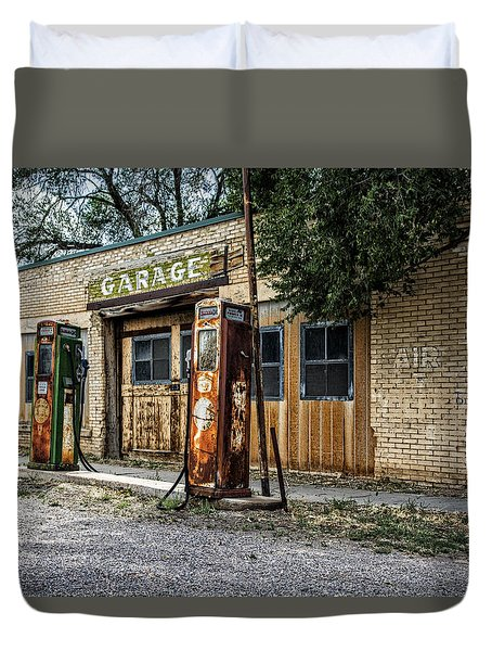 Abandoned Garage Duvet Cover