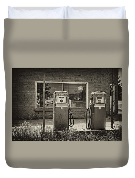 Duvet Cover featuring the photograph Abandoned Gasoline Pumps by Hugh Smith