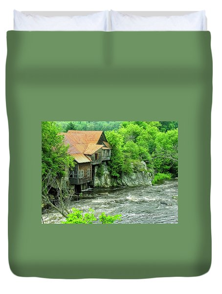 Abandoned Home By The River Duvet Cover