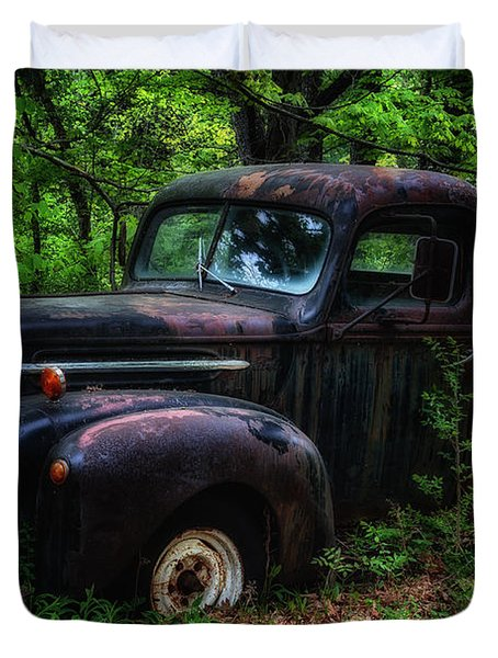 Abandoned - Old Ford Truck Duvet Cover