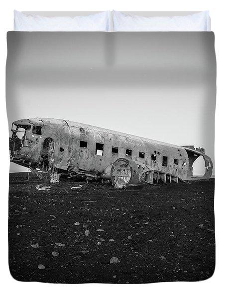 Abandoned Plane On Beach Duvet Cover