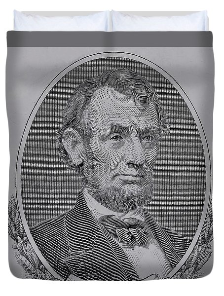 Duvet Cover featuring the photograph Abe On The 5 Gray by Rob Hans