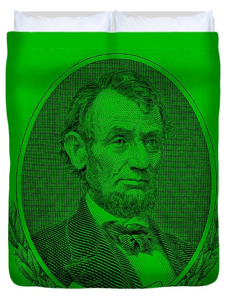 Duvet Cover featuring the photograph Abe On The 5 Green by Rob Hans