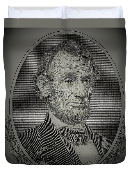 Duvet Cover featuring the photograph Abe On The 5 Grey by Rob Hans