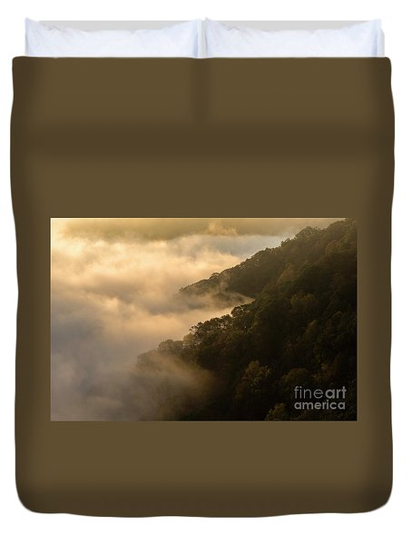 Duvet Cover featuring the photograph Above The Mist - D009960 by Daniel Dempster