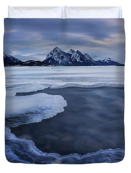 Abraham Lake Sans Bubbles Duvet Cover