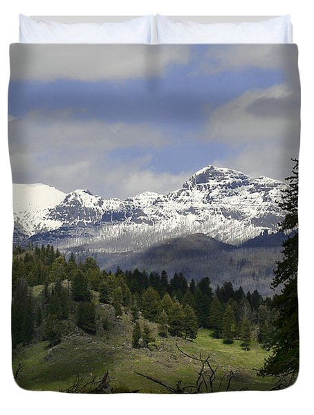 Absaroka Mts Wyoming Duvet Cover