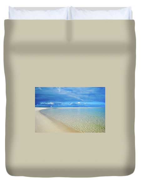 Adagio Alone In Ouvea, South Pacific Duvet Cover