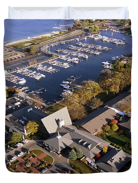 Aerial Of The Abbey Resort And Harbor - Fontana Wisconsin Duvet Cover