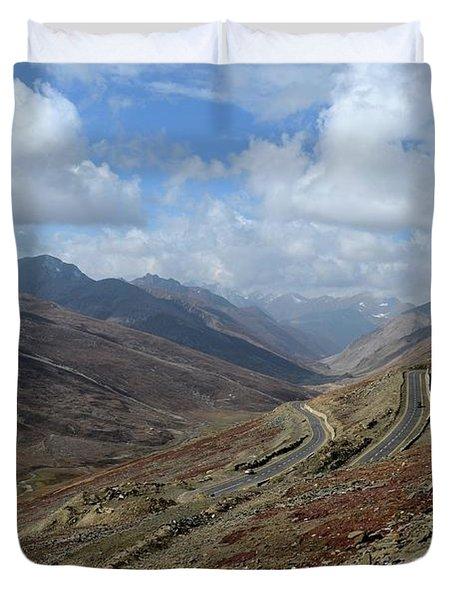 Aerial Shot Of Mountainous Karakoram Highway Babusar Pass Pakistan Duvet Cover