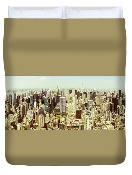 Aerial View Of Manhattan Duvet Cover