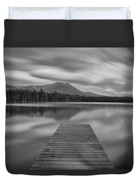 Afternoon At Daciey Pond Duvet Cover