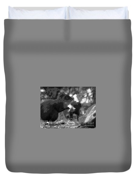 Agouti At Supper Duvet Cover