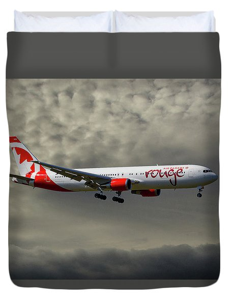 Air Canada Rouge Boeing 767-35h Duvet Cover
