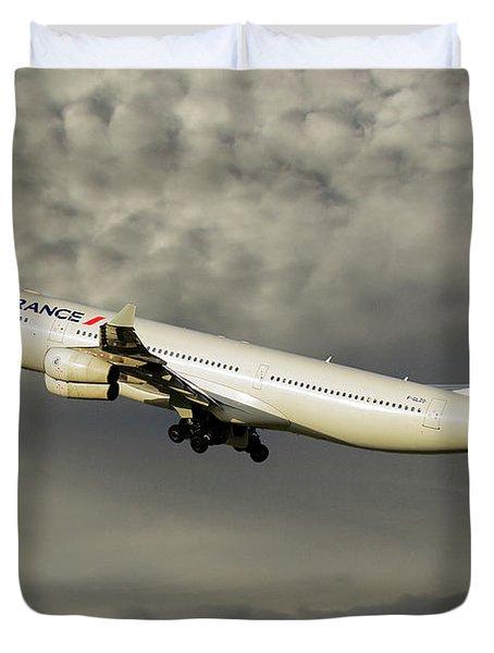Air France Airbus A340-313 116 Duvet Cover