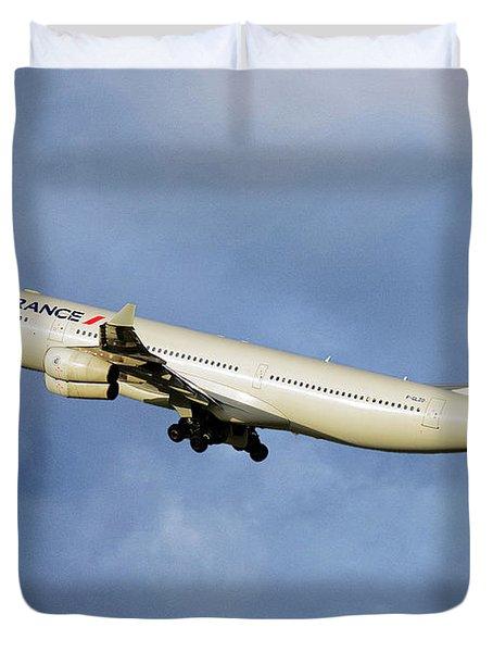 Air France Airbus A340-313 117 Duvet Cover