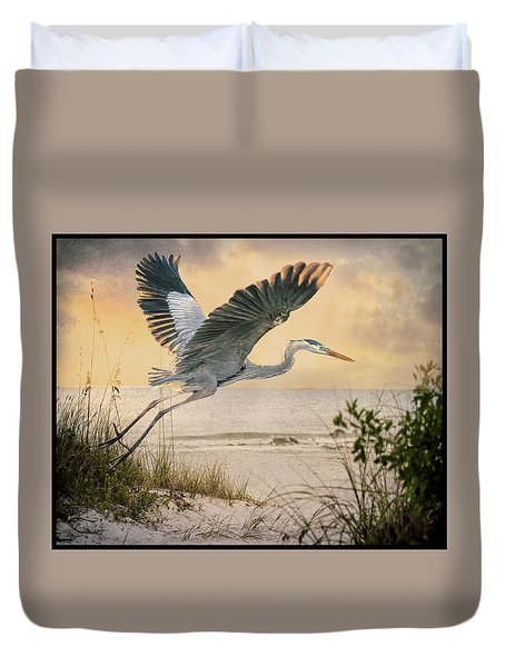 Duvet Cover featuring the photograph Airborne by Brian Tarr