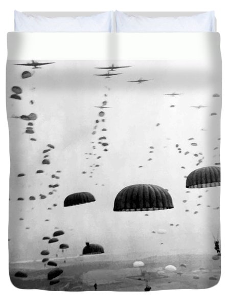 Airborne Mission During Ww2  Duvet Cover