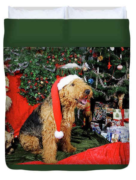 Airedale Terrier Dressed As Santa-claus Duvet Cover