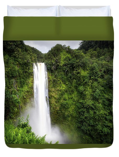 Duvet Cover featuring the photograph Akaka Falls by Ryan Manuel