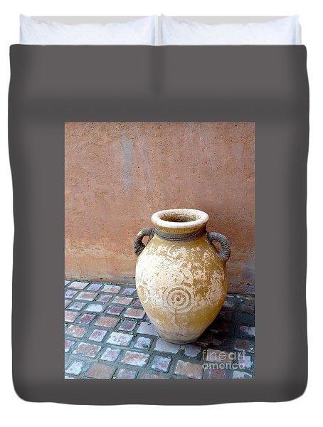 Al Ain Urn Duvet Cover