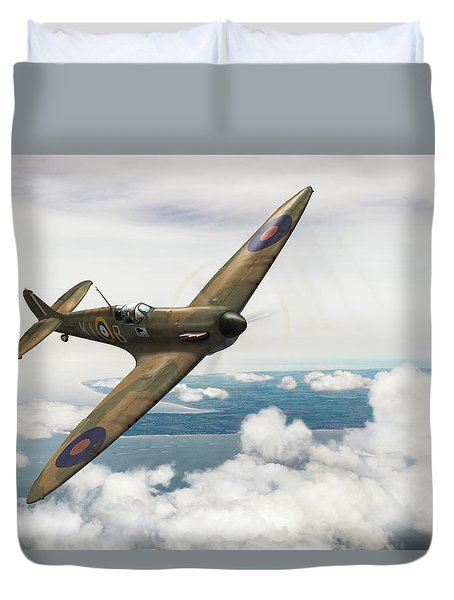 Duvet Cover featuring the photograph Al Deere In Kiwi IIi by Gary Eason