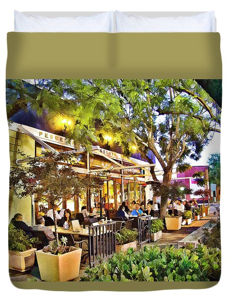Duvet Cover featuring the photograph Al Fresco Dining by Chuck Staley