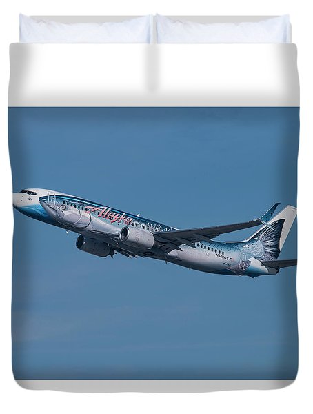 Alaska Airlines Boeing 737-800 With Wild Alaska Seafood Livery  Duvet Cover