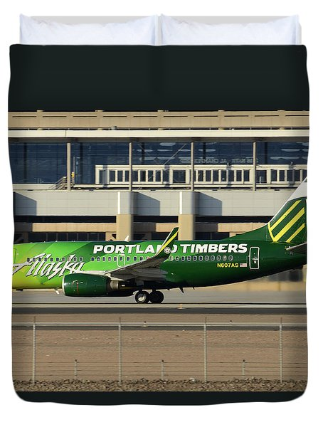 Alaska Boeing 737-790 N607as Phoenix Sky Harbor December 27 2015 Duvet Cover by Brian Lockett