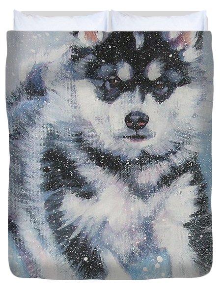 alaskan Malamute pup in snow Duvet Cover by Lee Ann Shepard
