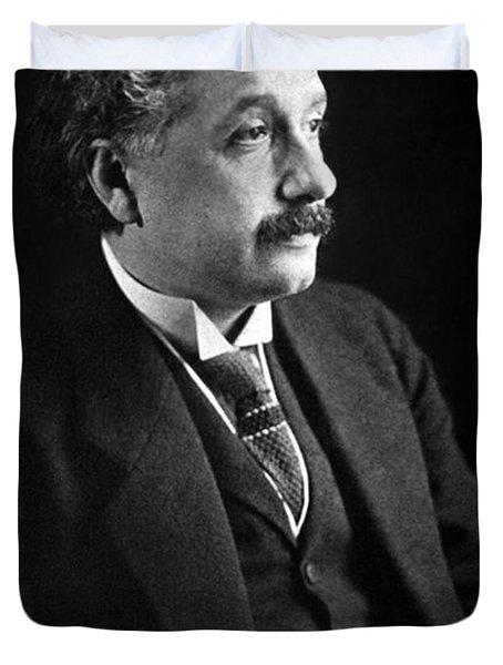 Albert Einstein Photo 1921 Duvet Cover