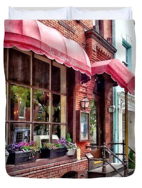 Alexandria Va - Red Awnings On King Street Duvet Cover
