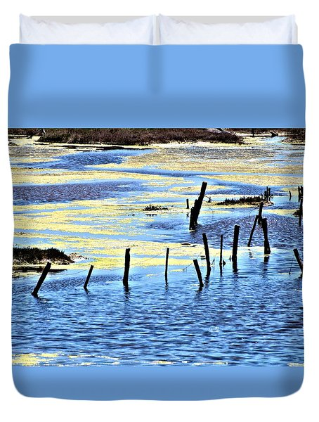 Algae Bloom Duvet Cover by Bob Wall