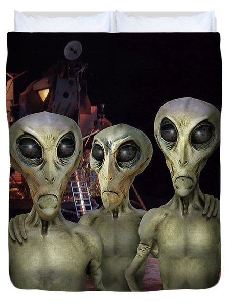 Alien Vacation - Kennedy Space Center Duvet Cover by Mike McGlothlen