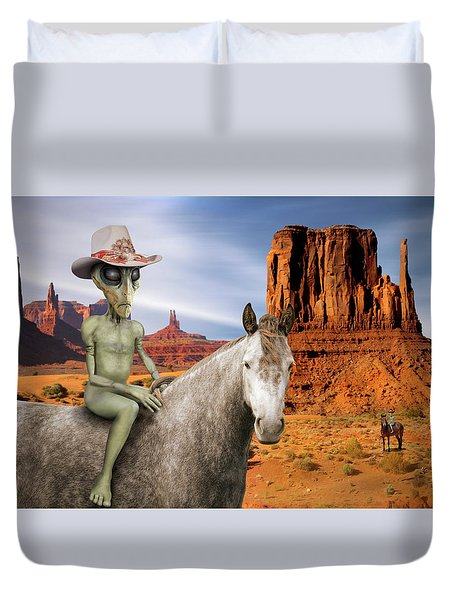 Alien Vacation - Monument Valley Duvet Cover by Mike McGlothlen
