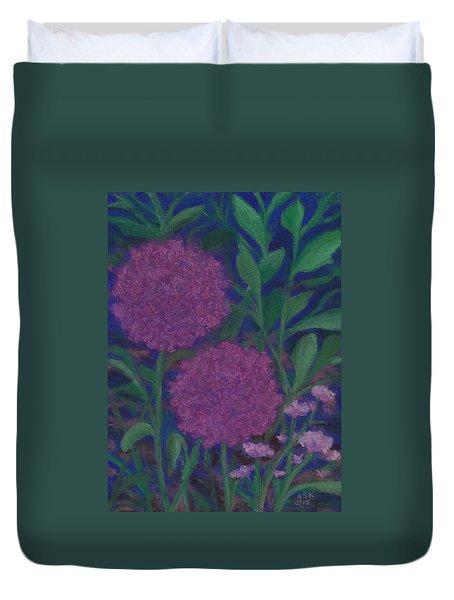 Allium And Geranium Duvet Cover