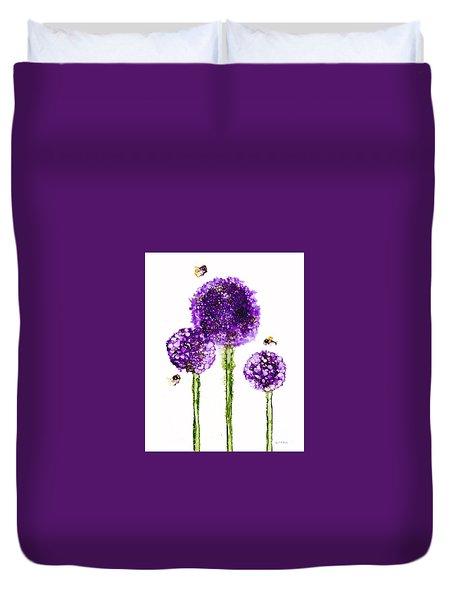 Alliums Humming Duvet Cover