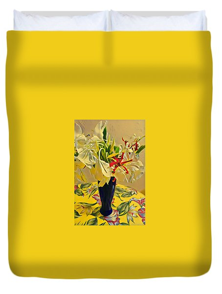 Aloha Bouquet Of The Day - White Gingert With Red Orchids - A New Hue Duvet Cover