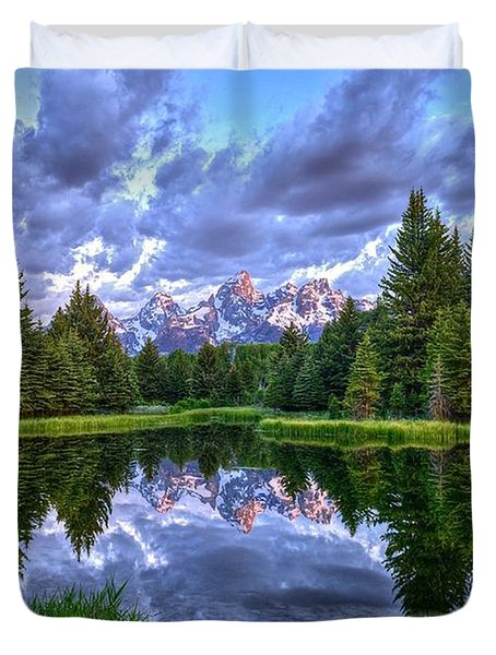 Alpenglow In The Tetons Duvet Cover